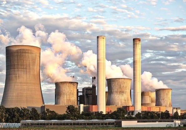 Image of a power plant. Even in thick smoke AdvanceGuard still has full situational awareness of any event.