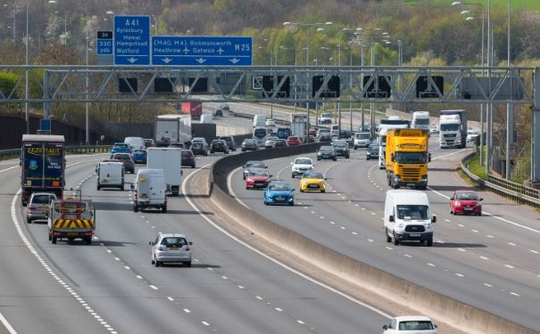 Image of the M25 where stopped vehicle detection technology is deployed